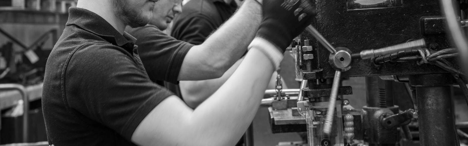 CNC Tube Manipulators and Pipe Fabricators